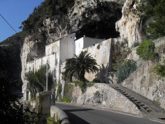 Santa Maria de' Olearia - Scheda di Approfondimento